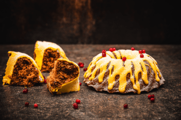 Soft gingerbread cake with lingonberries